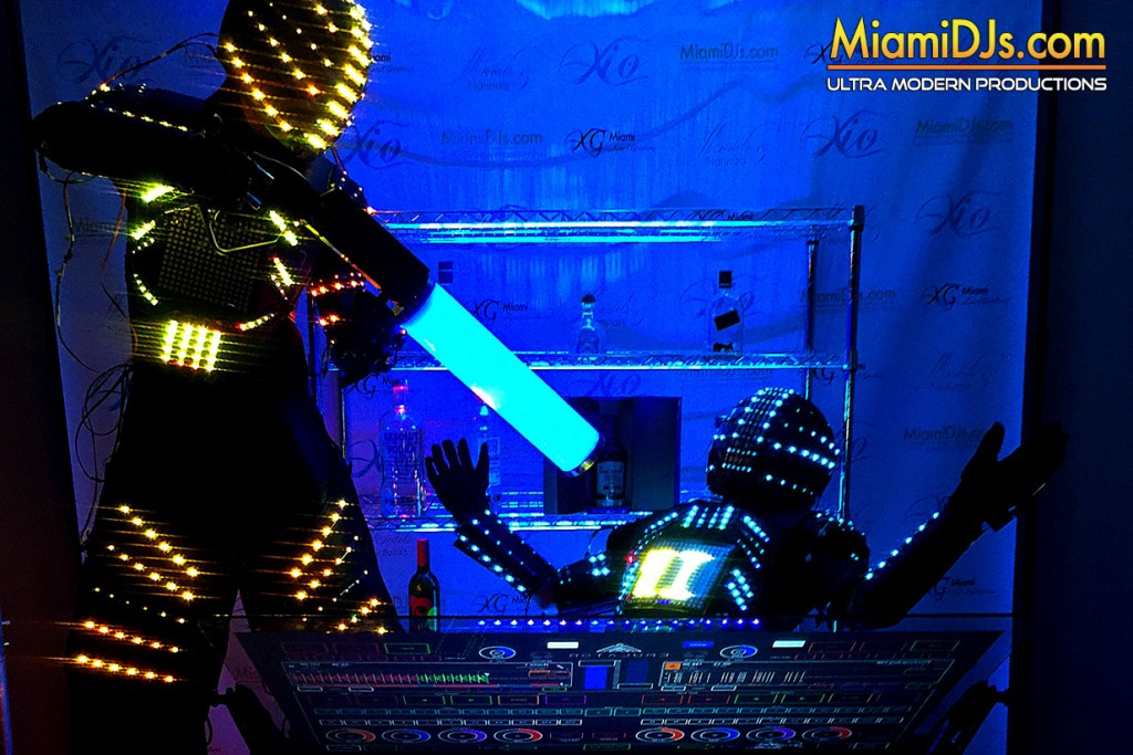 miami_djs_led_robots_3